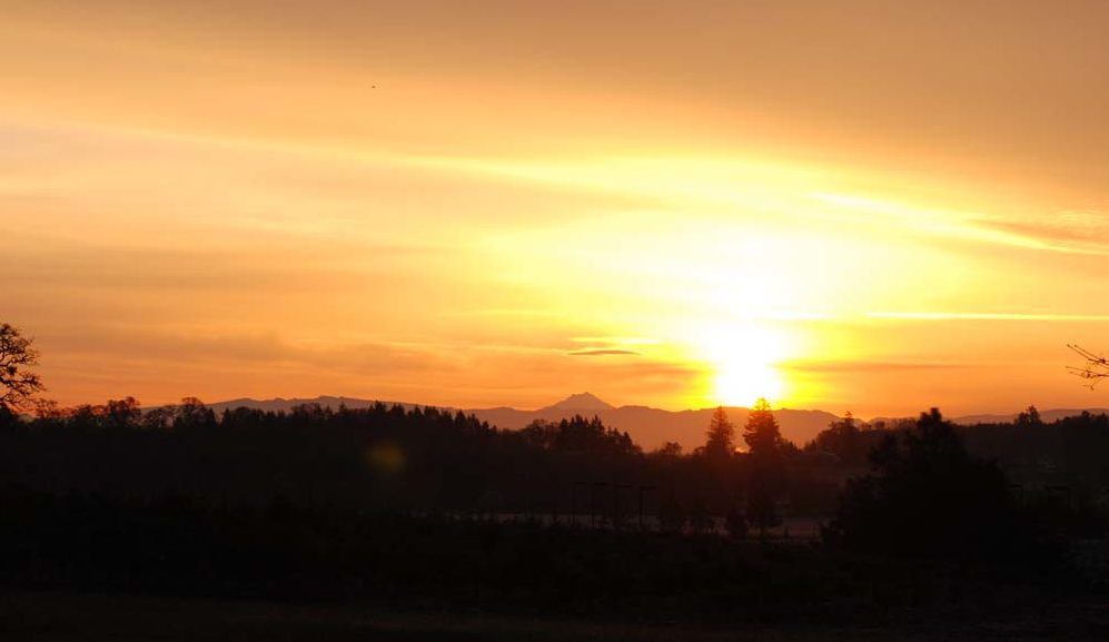 A beautiful sunrise looking East toward Mt Jefferson